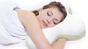 Как правильно спать на ортопедической подушке фото