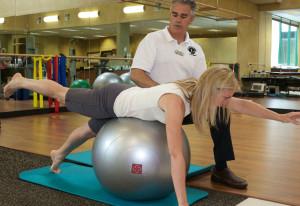 Гимнастика при остеопорозе для пожилых